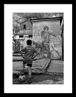 George Best Framed Prints