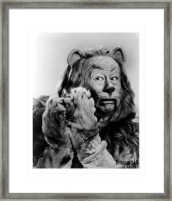 Bert Lahr As The Cowardly Lion In The Wizard Of Oz Framed Print
