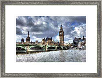 Framed Print featuring the photograph Big Ben And Thames by Shawn Everhart