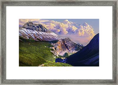 Framed Print featuring the photograph Big Bend by John Poon