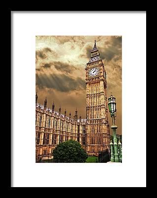 Palace Of Westminster Framed Prints
