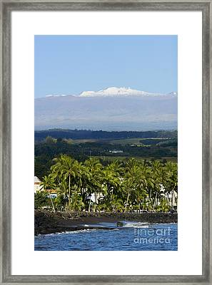 Big Island, Hilo Bay Framed Print by Ron Dahlquist - Printscapes