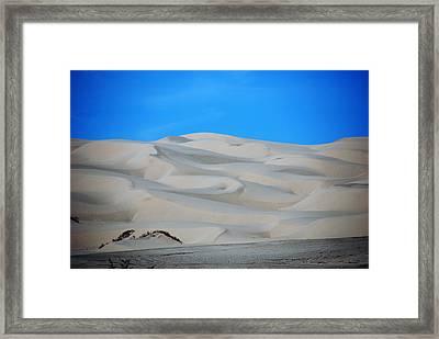Big Sand Dunes In Ca Framed Print by Susanne Van Hulst