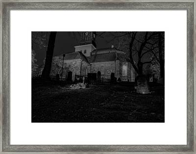 Black And White By Night 2 Framed Print by Leif Sohlman