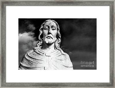 Black And White Jesus Sculpture Shoulders Up Woodlawn Memorial Park Cemetery Nashville Tn Framed Print