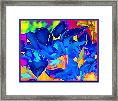 Blaue Tulpen Framed Print by Loko Suederdiek