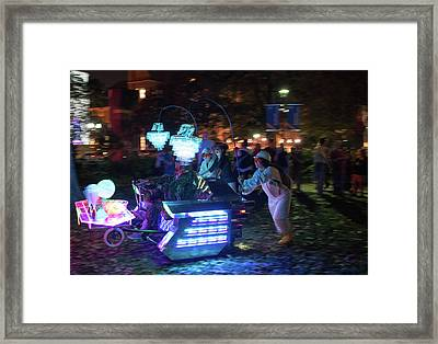 Blink Cincinnati - Kinetic Kauchii Dekosofa Framed Print