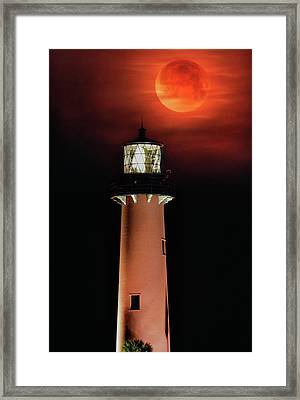 Blood Moon Rising Over Jupiter Lighthouse In Florida Framed Print