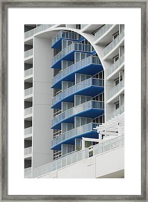 Blue Bayu Framed Print by Rob Hans