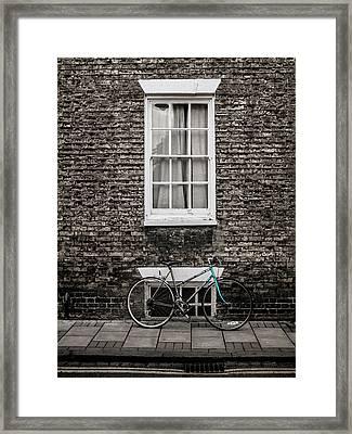 Blue Bicycle, Cambridge, England Framed Print