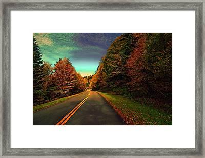 Blue Ridge Pkwy Framed Print by Dennis Baswell