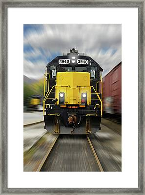 Blue Rridge Southern 3940 On The Move Framed Print by Mike McGlothlen