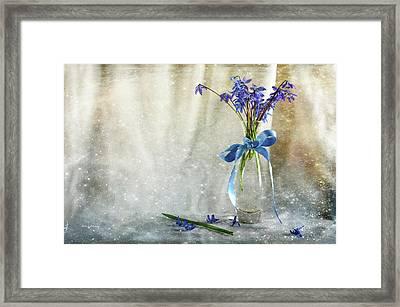 Blue Tones Of Simplicity Framed Print by Randi Grace Nilsberg