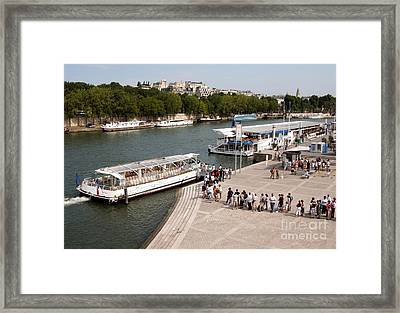 Boarding The Bateaux Mouches Framed Print by Andy Smy