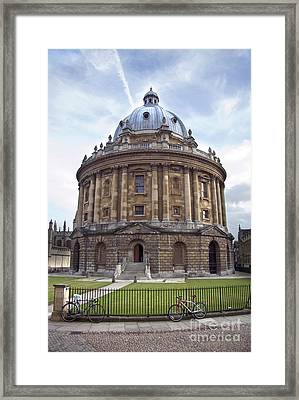 Bodlien Library Radcliffe Camera Framed Print by Jane Rix