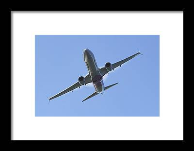 Boeing 737-900 Framed Prints