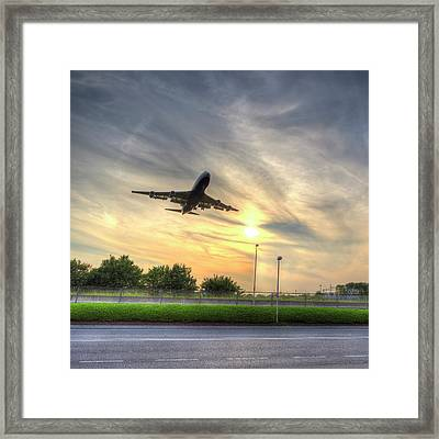 Boeing 747 Sunset Landing Framed Print by David Pyatt