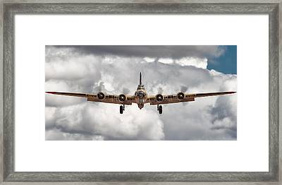 Boeing Inbound Framed Print