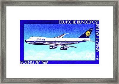 Boing 747 Framed Print