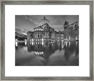 Boston Christian Science Building Reflecting Pool Black And White Framed Print