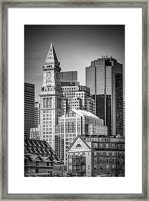 Boston Skyline North End And Financial District - Monochrom Framed Print
