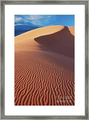 Boundless Dune Ll Framed Print by Hideaki Sakurai