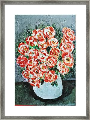 Bouquet Of Roses In The Vase Framed Print by Giuseppe Fassina