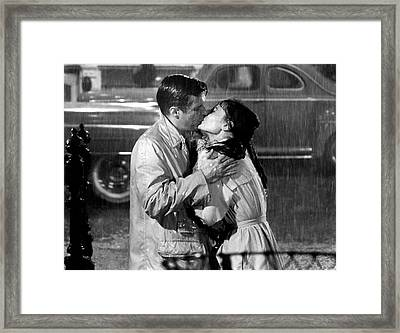 Breakfast At Tiffanys Audrey Hepburn And George Peppard Framed Print