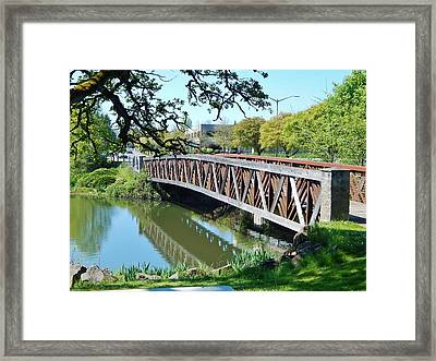 Bridge At Cox Creek Framed Print by VLee Watson
