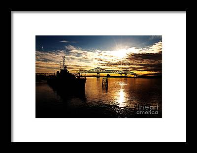 Capital Ship Framed Prints