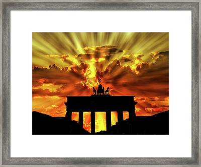 Brilliant Sunset Over The Brandenburg Gate Framed Print
