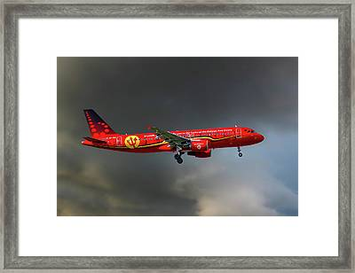 Brussells Airlines Airbus A320-214 Framed Print
