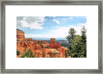 Bryce Canyon  Utah Western Vista Scene Picture Decor  Framed Print