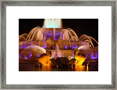 Buckingham Fountain At Night Framed Print