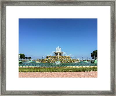 Buckingham Fountain Framed Print