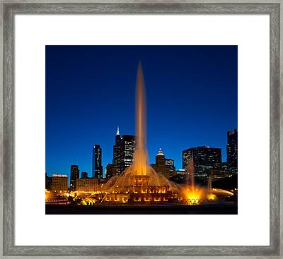 Buckingham Fountain Nightlight Chicago Framed Print by Steve Gadomski