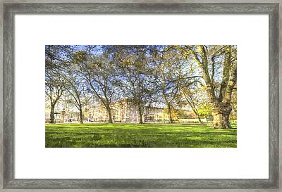 Buckingham Palace Art Panorama Framed Print by David Pyatt