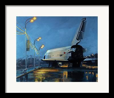 Spaceshuttle Framed Prints