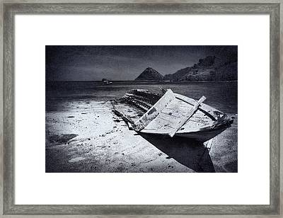 Bw Boat Framed Print
