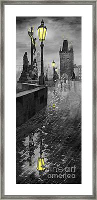 Bw Prague Charles Bridge 01 Framed Print