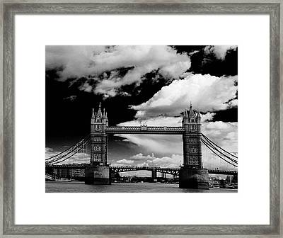 Bw Series Tower Bridge Framed Print