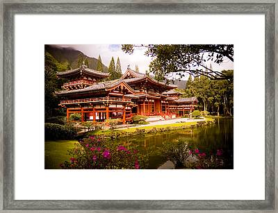 Byodo-in Temple Framed Print