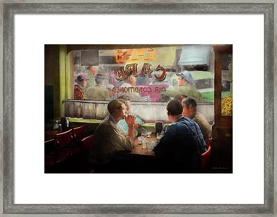 Cafe - Cold Drinks With Friends 1941 Framed Print