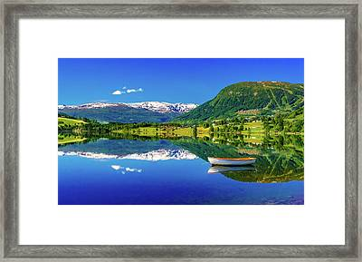 Framed Print featuring the photograph Calm Morning On Lonavatnet by Dmytro Korol