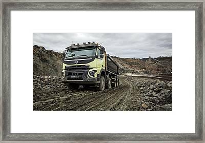 Camion Volvo Fmx 8x4 Framed Print