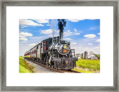 Framed Print featuring the photograph Canadian National 89 by Nick Zelinsky