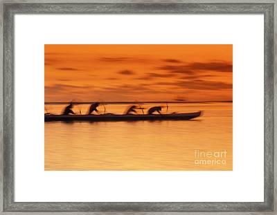 Canoe Paddlers At Sunset Framed Print by Joe Carini - Printscapes