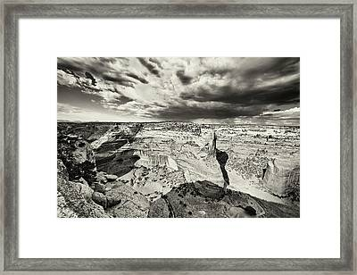 Canyon De Chelly  Framed Print by George Oze
