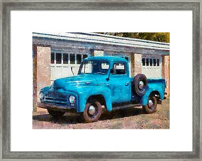 Car - Truck - An International Old Truck Framed Print by Mike Savad