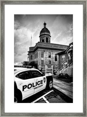 Car And Courthouse In Black And White Framed Print